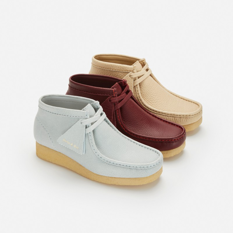 クラークス オリジナルズ_CLARKS ORIGINALS×Sporty & Rich Wallabee Boot_01