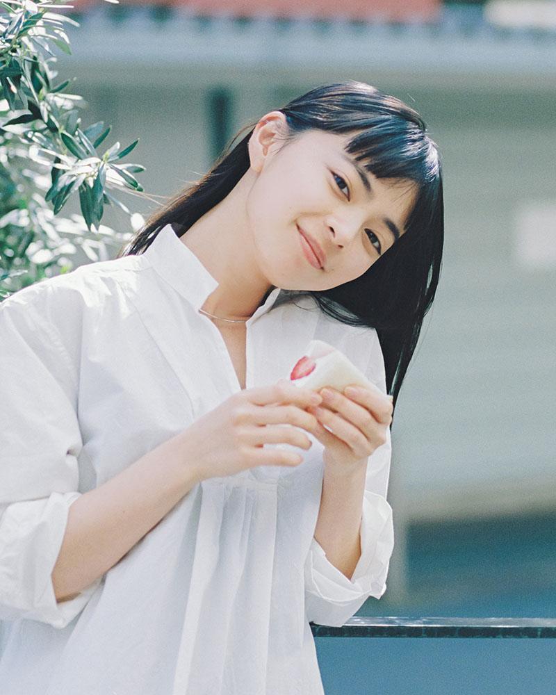 上國料萌衣_アンジュルム_JULES VERNE COFFEE_03
